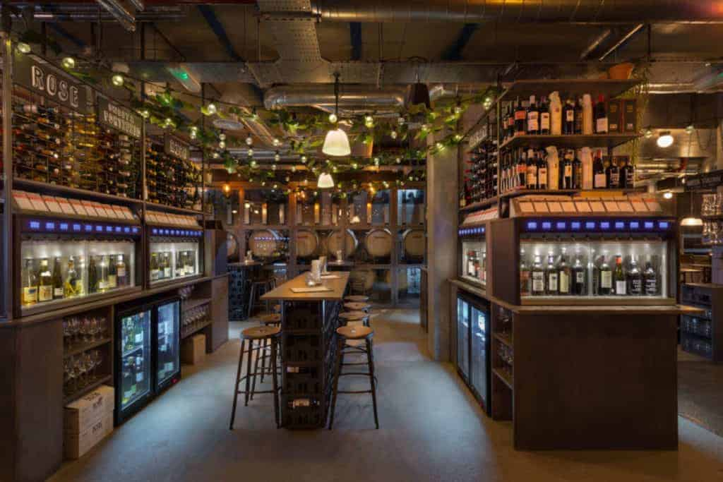 vagabond-wines-website-image-best-london-gastropubs-and-bars-1024x683