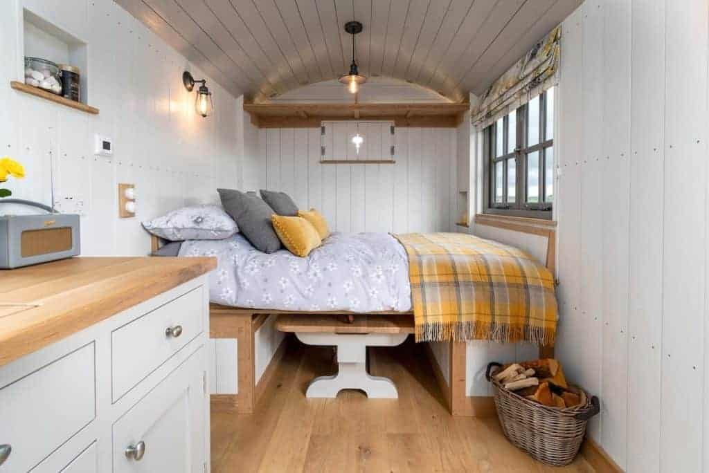 sheepfold-glamping-pods-yorkshire-1-1024x684